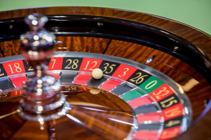 How To Play Poker Online: Tips And Guidelines