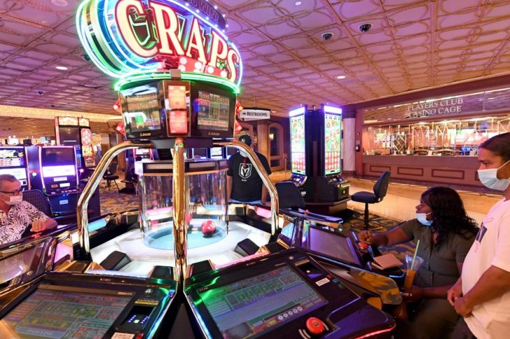 Have Enjoyable Or Win Cash With The Online Casino Sport
